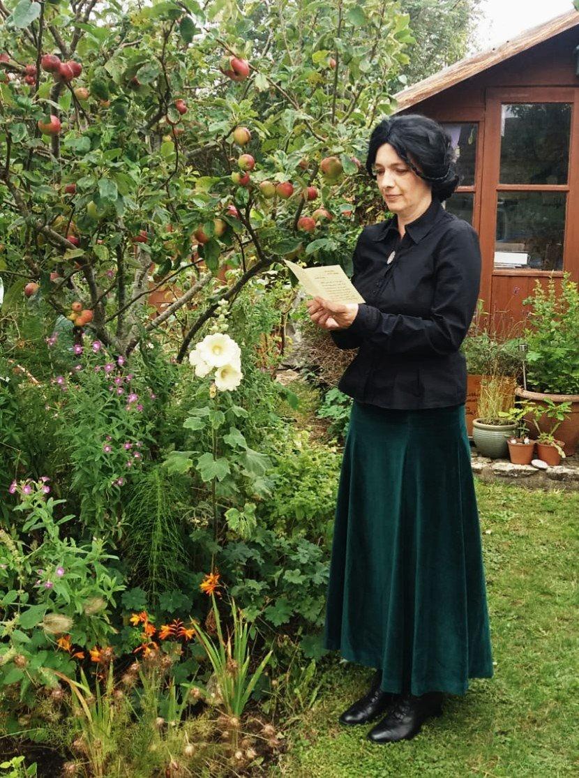 Victorian-fancy-dress